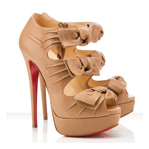 6e4bc58380f Christian Louboutin Madame Butterfly Booties (36)